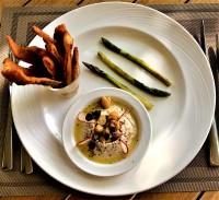 Hummus, Sumac flavoured Crispy Pita Bread, Grilled Green Asparagus, EVO Oil